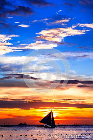 Free Amazing Tropical Sunset And Silhouette Of Boat,Boracay. Stock Photos - 125536133