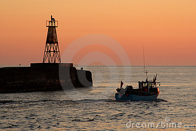 Amble Harbour at dawn