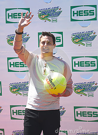 American actor, producer, and Nickelodeon game show host Jeff Sutphen attends Arthur Ashe Kids Day 2013 Editorial Photography