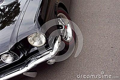 American Classic - Closeup Black Front