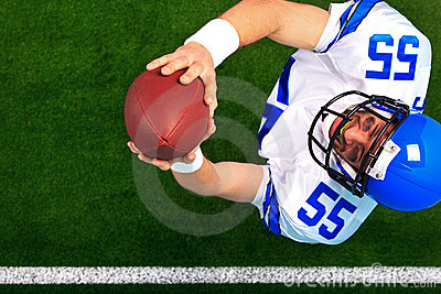 American football catching the ball