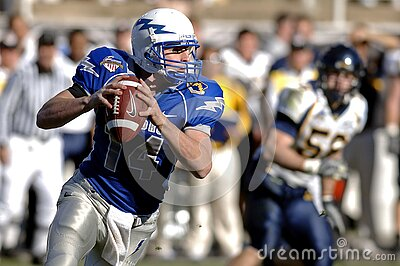 American Football Player During Game Free Public Domain Cc0 Image