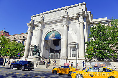 American museum of natural history in manhattan editorial for Top new york tourist attractions