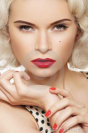 American retro. Fashion sexy pin-up model, make-up