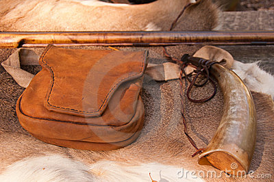 American Revolutionary War rifle and accessories