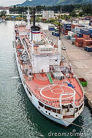 Ammiraglio oceanografico Vladimirsky della nave da ricerca Fotografia Editoriale