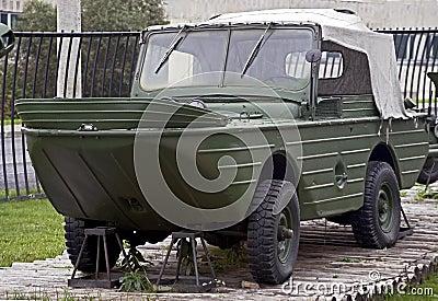 Amphibious vehicle 1