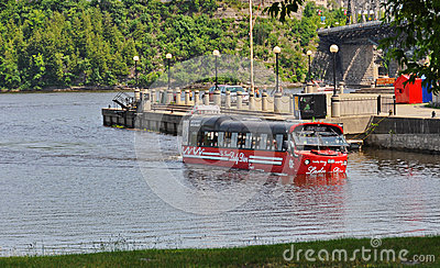 Amphibus the Lady Dive on the Ottawa River Editorial Stock Photo