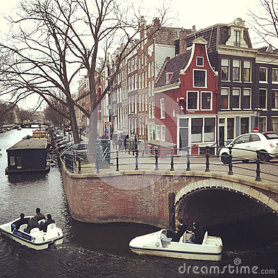 Free Amsterdam Canal Royalty Free Stock Images - 27568689