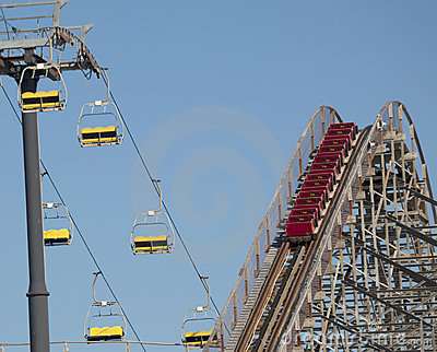 Amusement Park - Ups & Downs