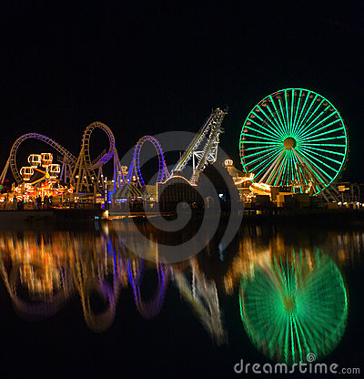 Free Amusement Pier Reflection Stock Photos - 5821593