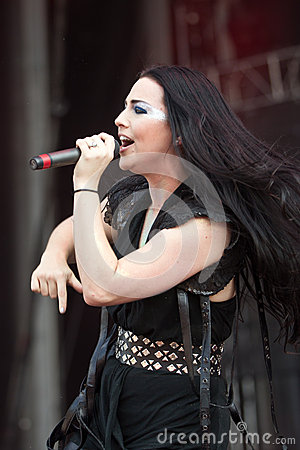 Amy Lee Editorial Image