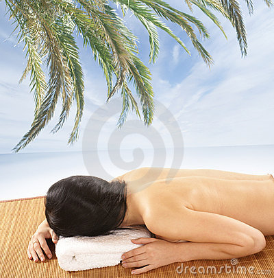 Free An Attractive Woman Is Getting Spa Treatment Royalty Free Stock Photography - 15720357