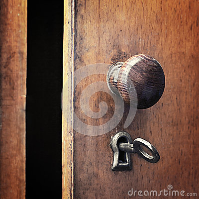 Free An Old Iron Key In The Lock Royalty Free Stock Photos - 43193998