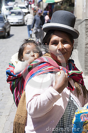 Free An Unidentified Woman Carries Her Baby In Traditional Sling January 5, 2009 In La Paz, Bolivia. Stock Photos - 51247233