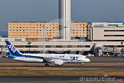 ANA JA812A Dream 787 Editorial Stock Photo