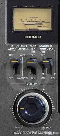 Analog FM Radio Volume with dial