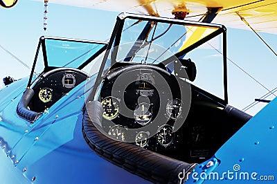Anatique Cockpit