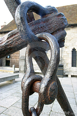 Anchor Hasp and Chain