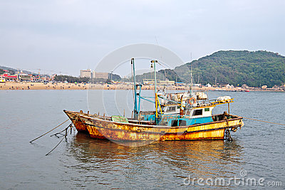 Anchored ships