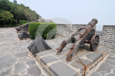 Ancient Chinese cannon