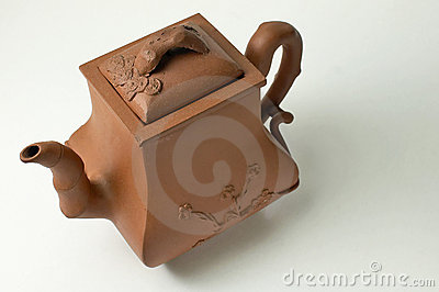 Ancient Chinese clay brewing teapot