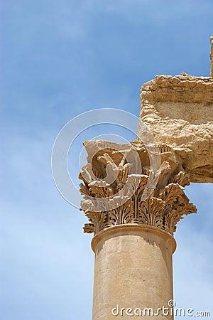 Free Ancient Columns Close Up, Palmyra Ruins, Syria Royalty Free Stock Image - 5475226