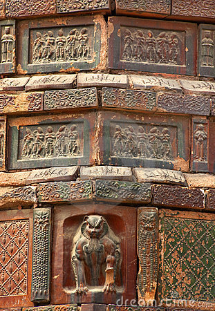 Ancient Crouching Tiger Bricks Iron Pagoda