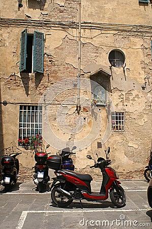 Ancient en modern in Siena