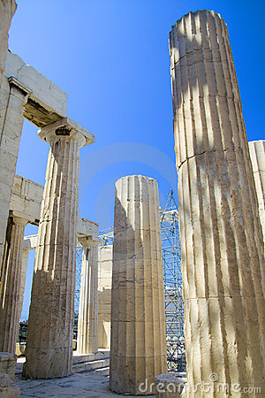 Free Ancient Greek Columns Royalty Free Stock Photo - 2413715