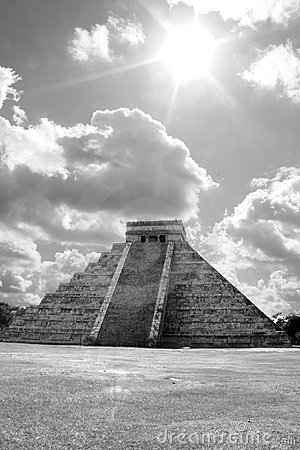 Ancient ruins of chichen itza