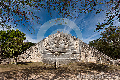 Ancient Mayan city - Chichen Itza