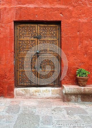Free Ancient Wood Door Stock Image - 6215421