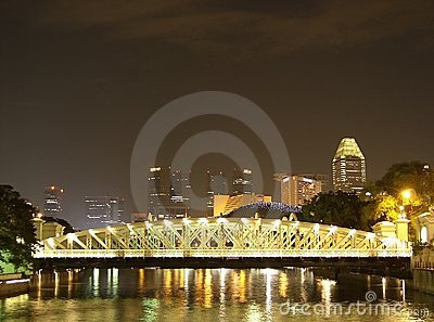 Anderson bridge over Singapore river