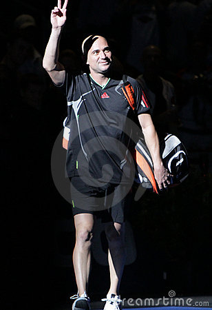 Andre Agassi  - Tennis legends on the court 2011 Editorial Stock Image