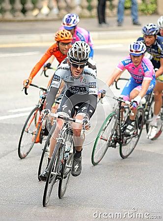 Andree银行骑自行车者s saxo steensen 编辑类库存照片