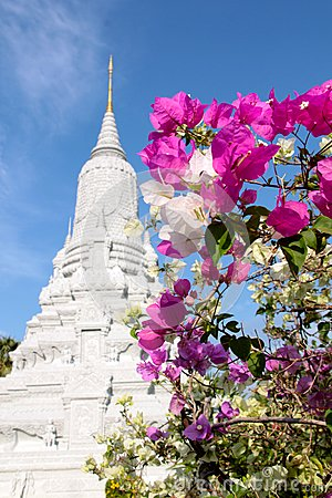 Ang doung hm królewiątka penh phnom stupa