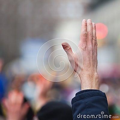Angehobene Hand