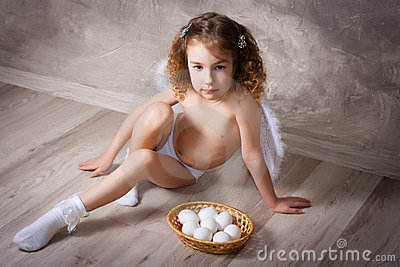 Angel with eggs