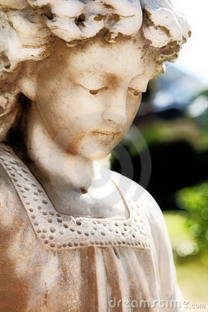 Free Angelic Sculpture Royalty Free Stock Photo - 1793195