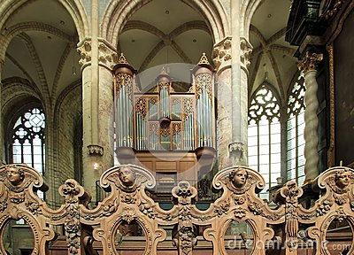 Angels and great organ