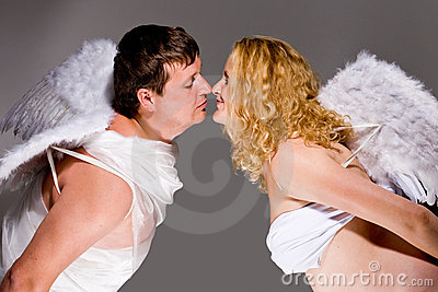 Angels kissing