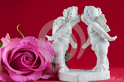 Angels kissing and pink rose