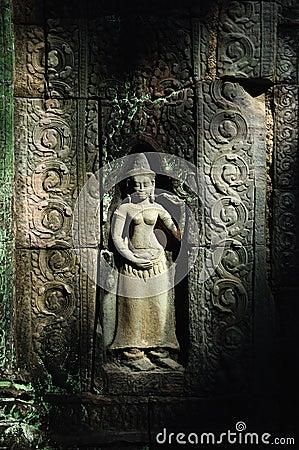 Angkor carve