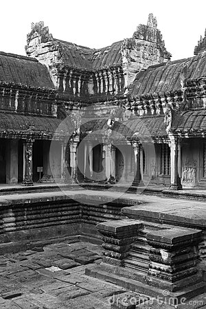 Angkor Wat central courtyard (white and black)