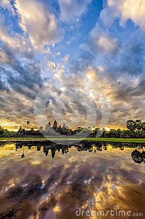 Free Angkor Wat In Sunrise Royalty Free Stock Photos - 47412428