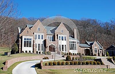 Angular Luxury Home 28