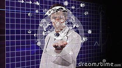 Animação de um médico usando uma tela 3D virtual sobre um monitor de batimento cardíaco em segundo plano vídeos de arquivo