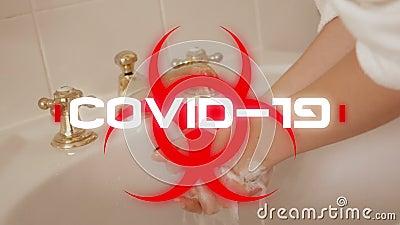 Animación de la palabra Covid-19 escrito sobre el signo del peligro para la salud con una mujer lavándose las manos en la b ilustración del vector
