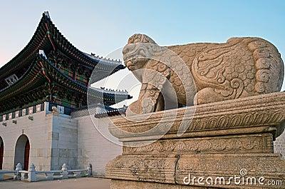 An animal sculpture at entrance of Gyeongbokgung Palace, Seoul, Korea Editorial Stock Image